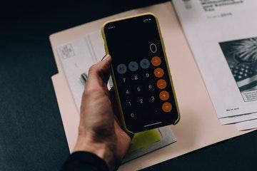NOI in Real Estate: Formula, examples, and pitfalls [+ NOI calculator]